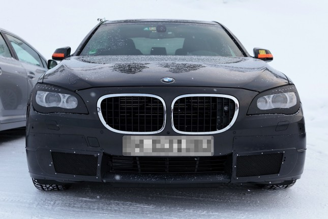 2013 BMW-7 Series Changes