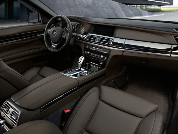 2013 BMW 7 Series Facelift
