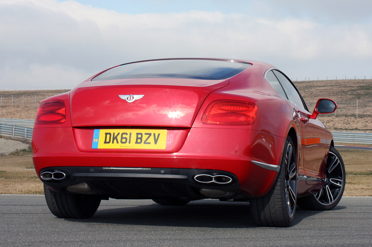 2013 Bentley Coupe Back Lights