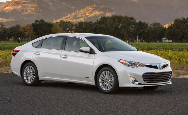 2013 Toyota Avalon Limited Blizzard Pearl