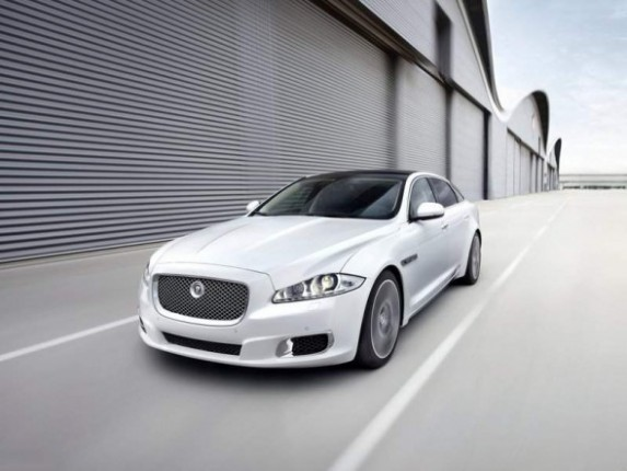 2014 Jaguar XJ White