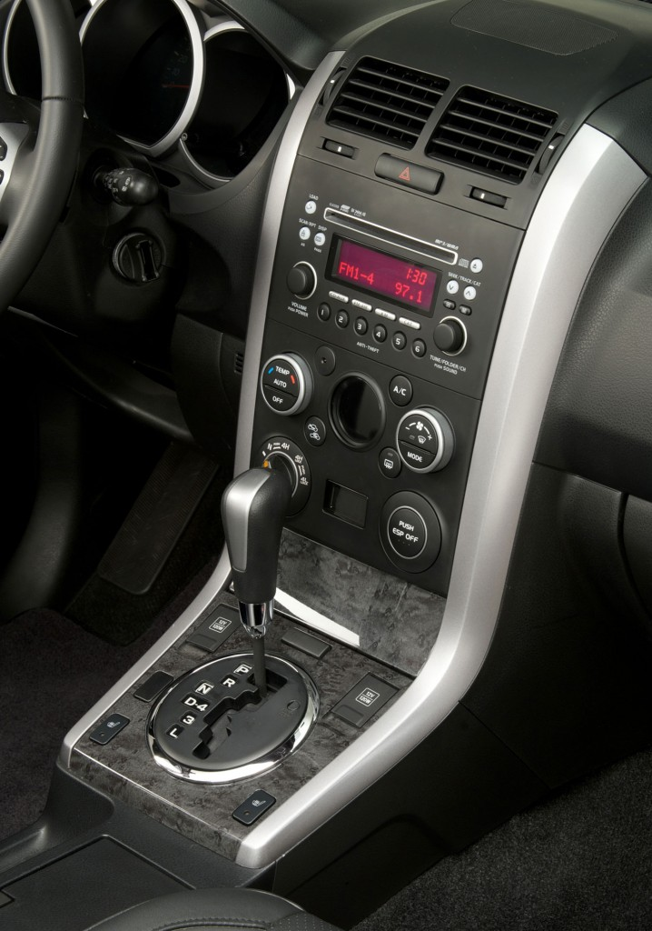 2014 Suzuki Grand Vitara Interior