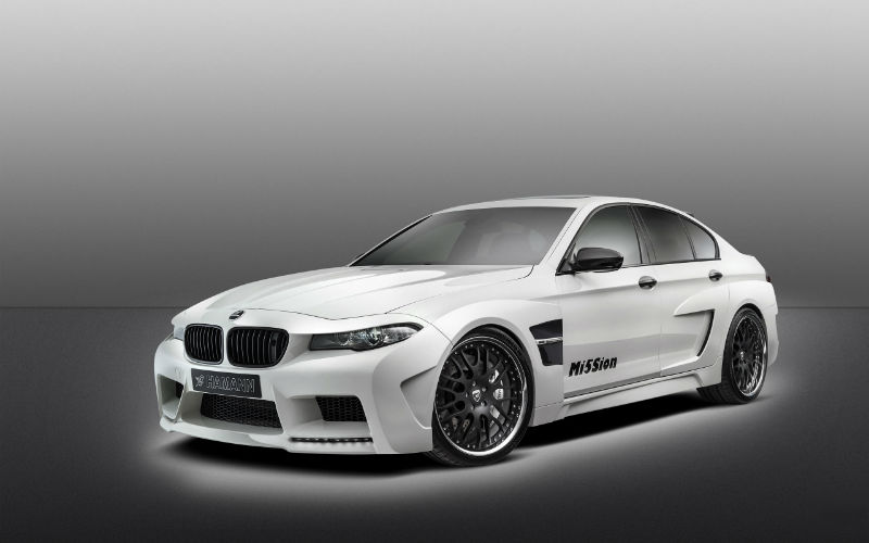 2013 BMW M5 Wallpaper