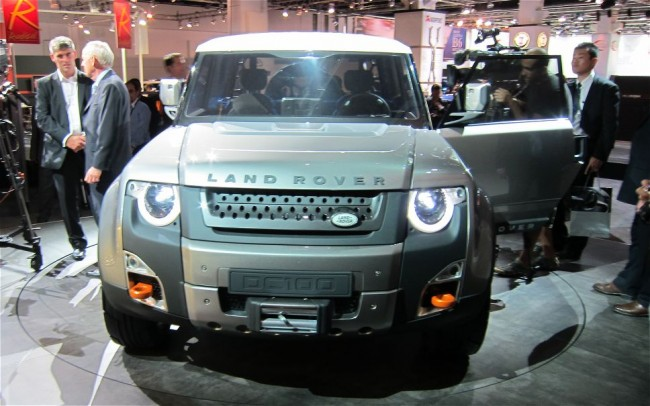 2014 Land Rover Defender DC 100