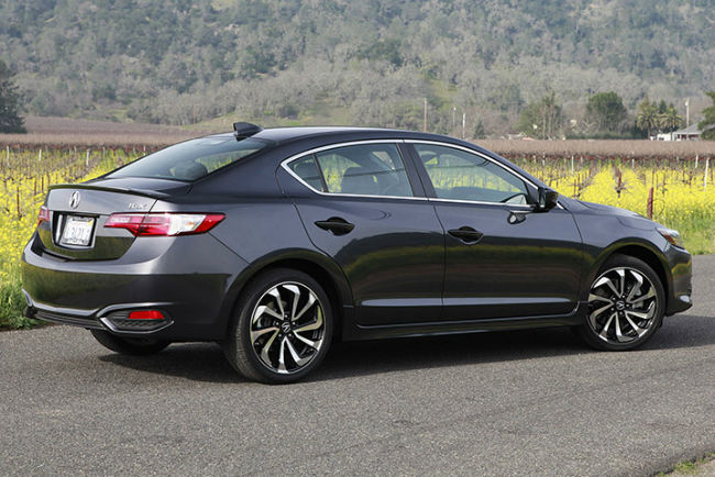 2016 Acura ILX 2.4L AcuraWatch Plus Package Model