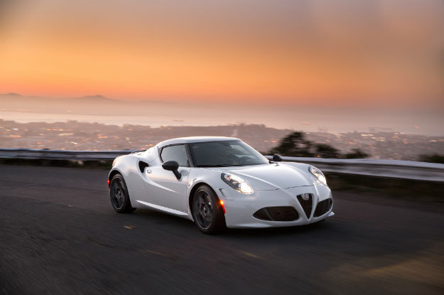 2016 Alfa Romeo 4C Coupe Wallpaper