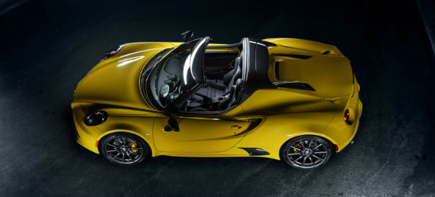 2016 Alfa Romeo 4C Spider (Yellow)