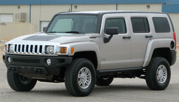 2018 Hummer H3 Silver