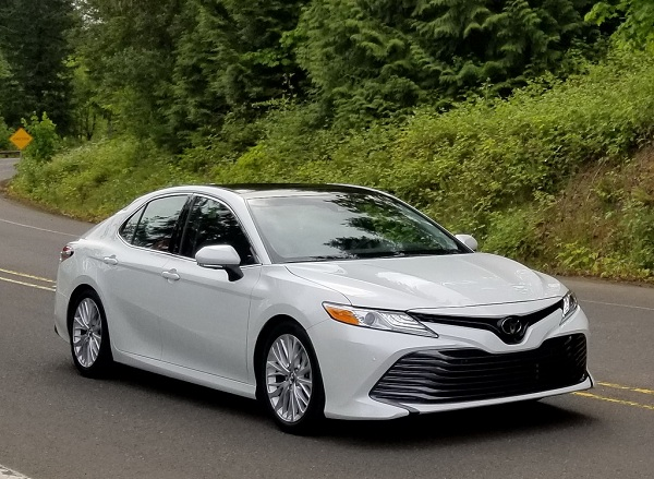 2018 Toyota Camry XLE Model